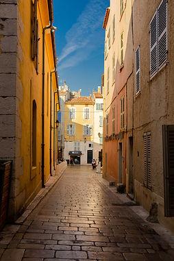 photo d'une rue.