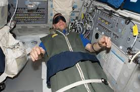 Space Shuttle, Astronaut, sleeping in space, space flight