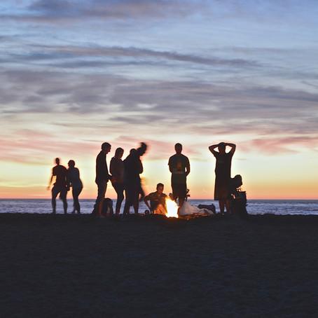 建国記念日の週末、恒例のアラモアナビーチパークでの花火大会はキャンセル。