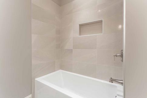shower tub.png