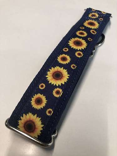 Navy sunflowers collar