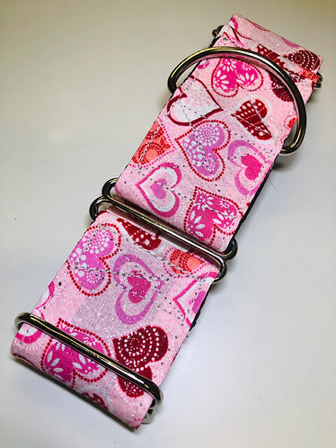 Pink valentines heart Martingale