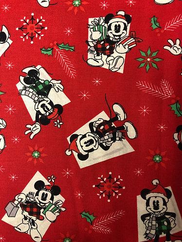 """2"""" mickey Christmas SKU 0007"""