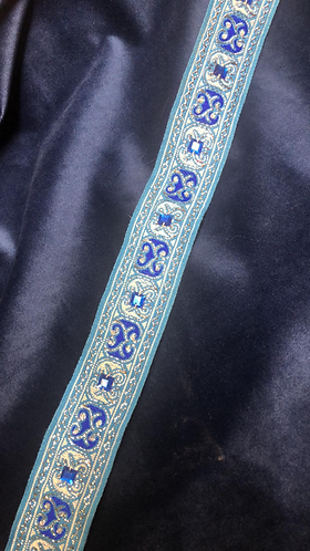 Fancy blue with jewels collar