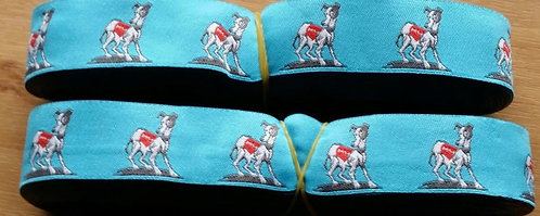 Blue greyhound martingale