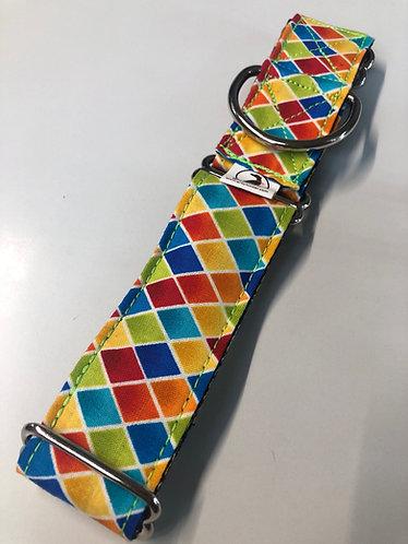 Colorful diamonds collar