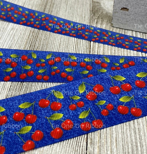 Blue cherry collar