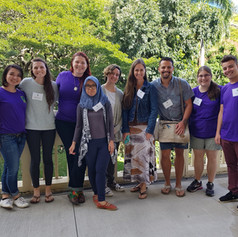 Sociolinguists pose for a class photo at ICLDC6 in Honolulu, Hawaiʻi (USA).