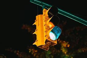 traffic-light-5661571_1920.jpg