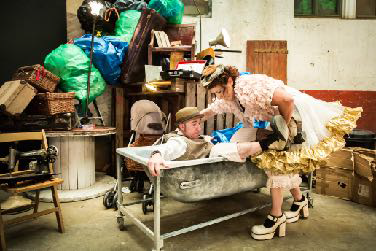 HERENCIA de La Industrial Teatrera 10
