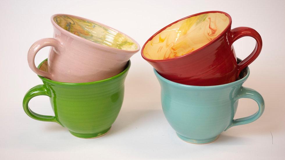 Set - vier marmorierte Tassen, groß