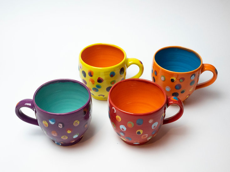 Set - 4 Tassen, doppelpunkte