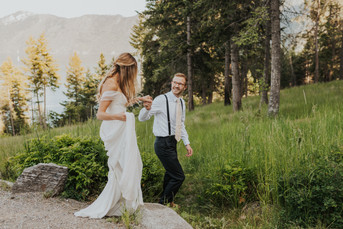 Budgeting for a Hiking Elopement | Ultimate Budgeting Guide