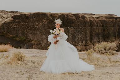 Whimsical Bridals at Palouse Falls