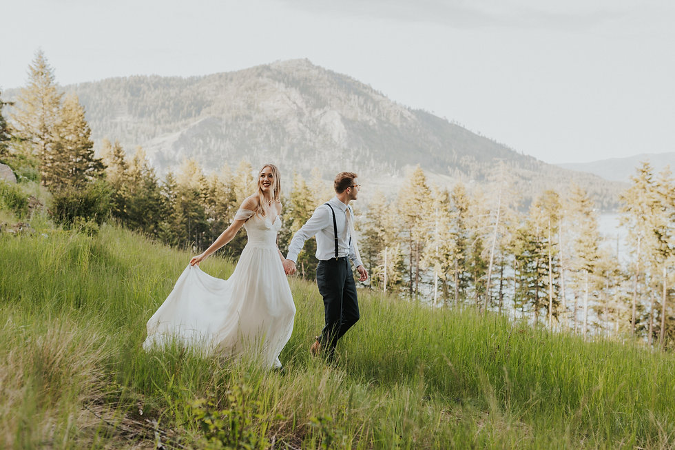idaho adventure elopement adventure couples bride and groom adventure wedding by the lake, karlie larson photography, adventure elopement photographer, idaho and the pacific northwest