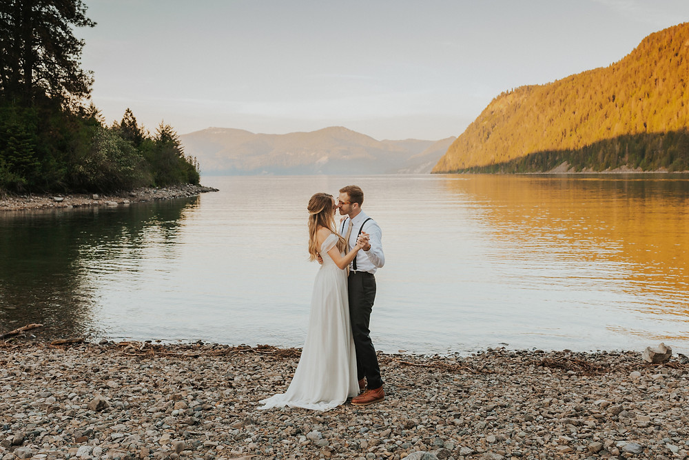 idaho sunset adventure elopement bridals