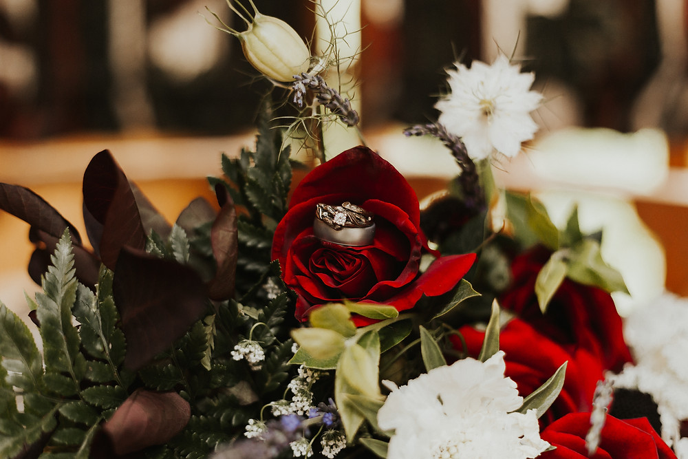 details of forest wedding in idaho