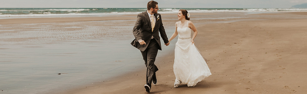 Adventurous Oregon Coast Elopement Bridals on Rockaway Beach