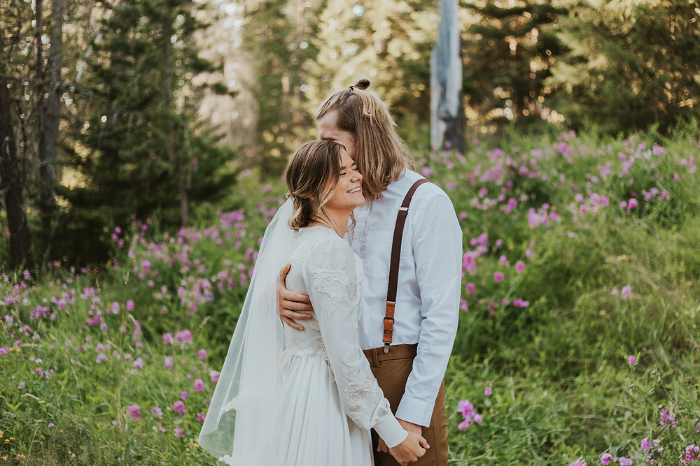 idaho adventure bridals in the forest