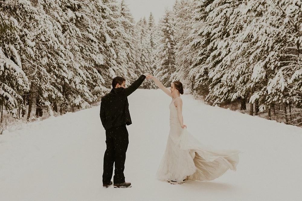 winter elopement first dance
