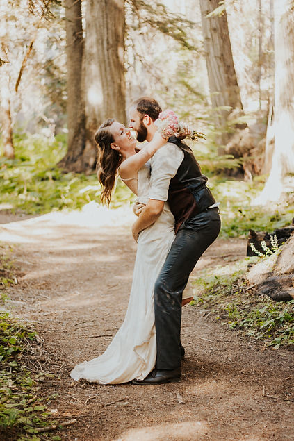 adventure elopement in the forest of north idaho, coeur d'alene elopement, adventure bridals