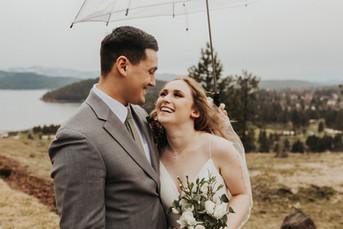 Romantic & Rainy December Wedding at Elk Point