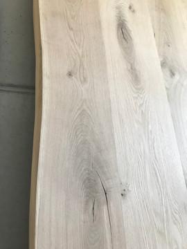 Tafelblad met natuurlijke rand
