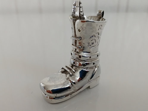 Solid and heavy sterling silver Replay boot