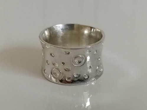 Wide solid sterling silver ring with circles