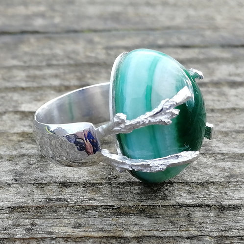 Solid sterling silver ring with green agate