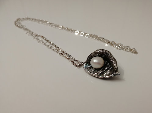 Solid double sided sterling silver necklace with two pearls