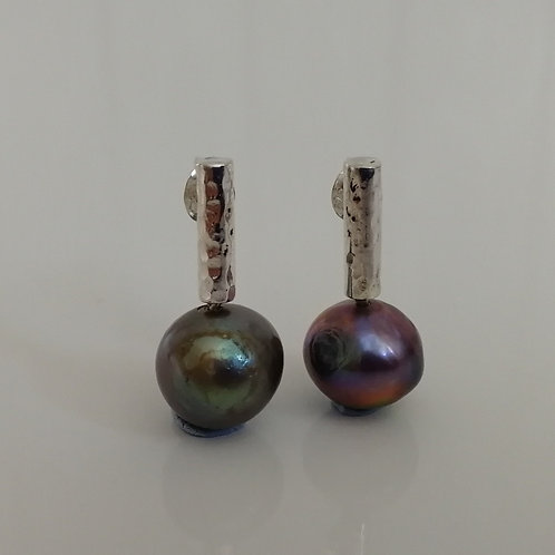 Sterling silver complementary stud earrings with pearls