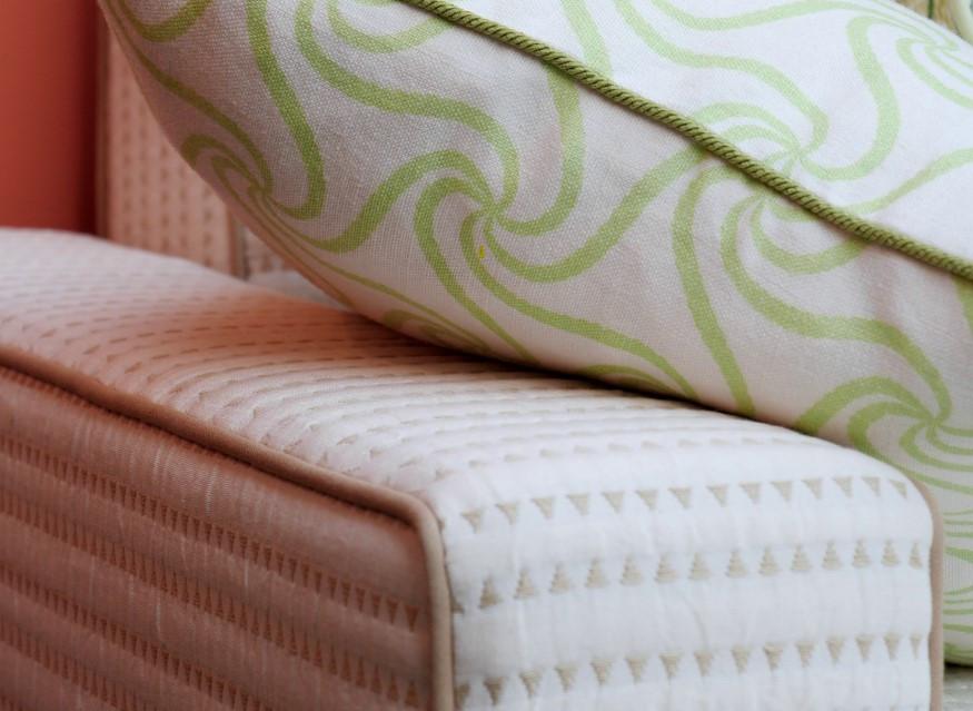 Bespoke sofa 05.jpg