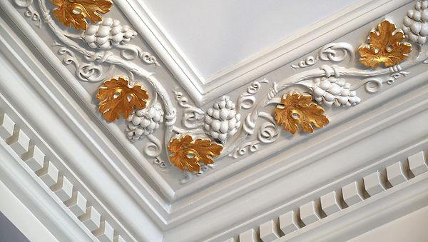 Gilding plaster cornice work.jpg
