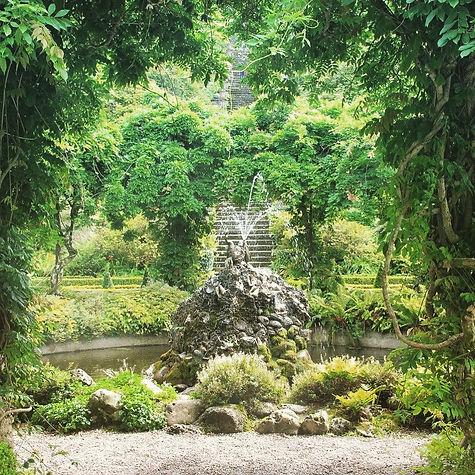 Bantry house water fountain.JPG