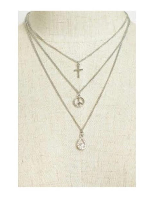 MULTI CHARM THREE LAYERS NECKLACES