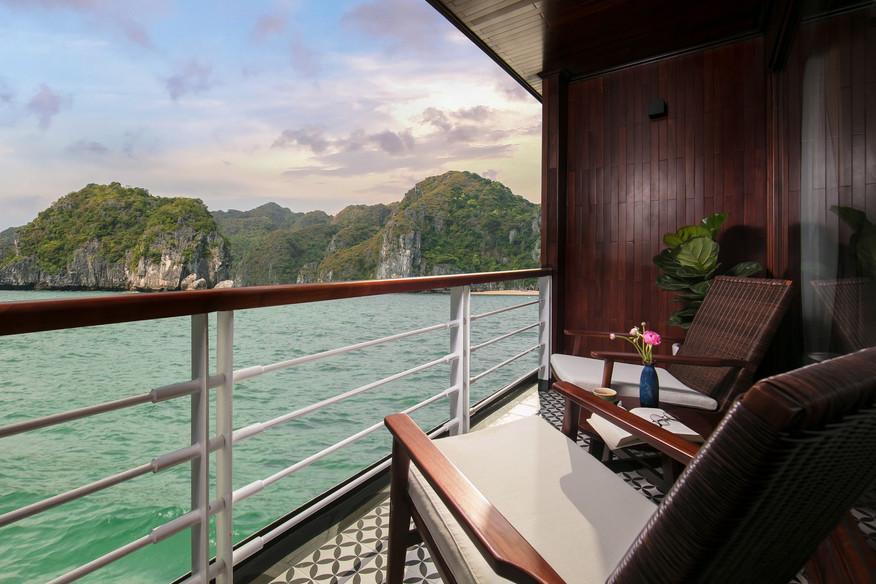 Private_Balcony.jpg