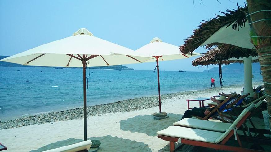 Emperor_s Beach (1).jpg