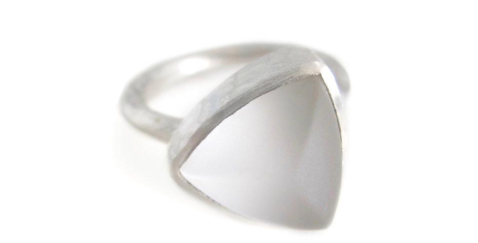 Rough Pure Quartz Amulet Ring