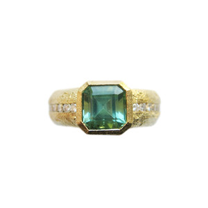 Dori Friedberg Green Tourmaline diamond ring