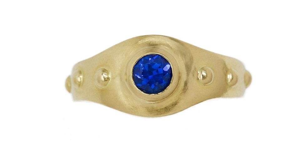 Mémée Sapphire Prayer Ring