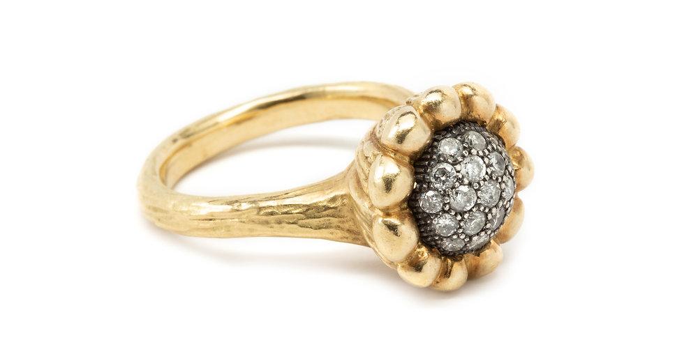 Pavè Diamond Flower Ring