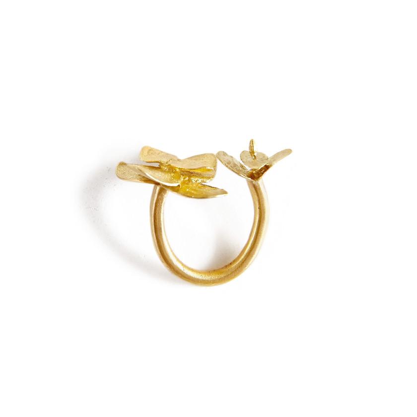 Adjustable Eucalyptus Ring