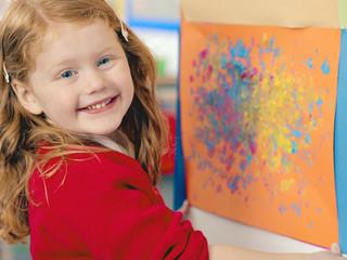 Поздравляем юных художников и их родителей с началом учебного года!