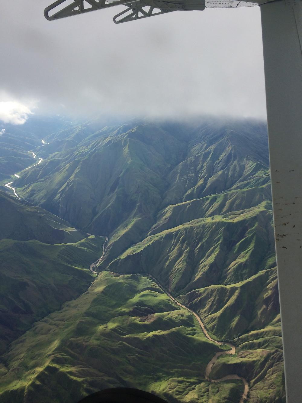 Plane ride to Ukarumpa - WOW!!