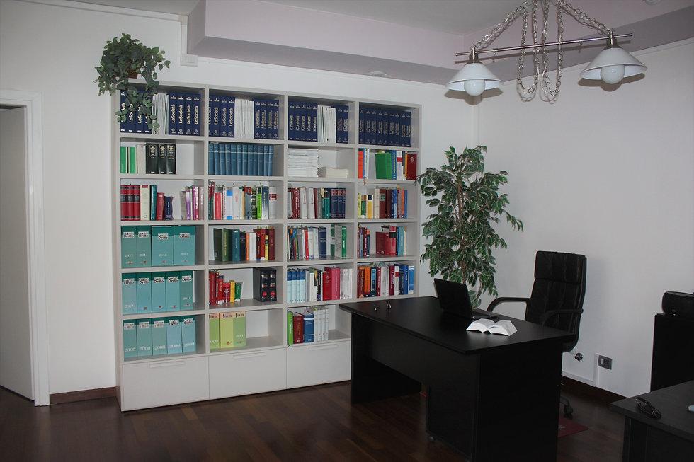 foto libreria aggiornata al 09.01.2020.j