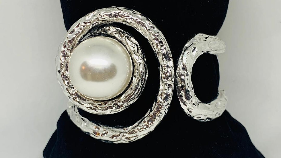Center of the Pearl  Bangle(Silver)