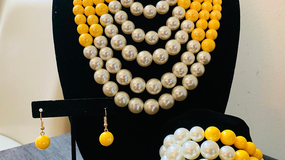 Yellow & White Pearl Set