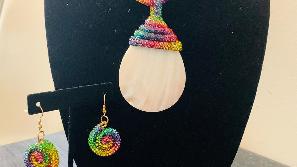 Multihued Shell Necklace