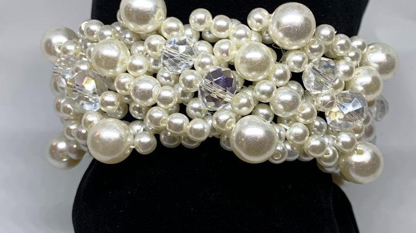 Pearl Cream Bracelet